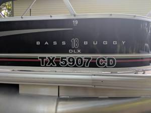 2015 Sun Tracker Bass Buggy 18 Boat Lettering from Arthur B, TX