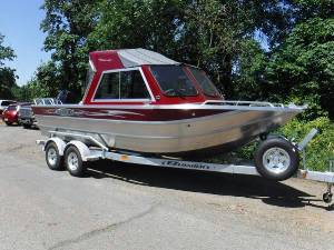 2018 Ford Lariet Crew Cab 4X4, 2018 23' Thunder Jet Offshore Two boats, Truck and friends boat numbers as well Lettering from Edward S, OR